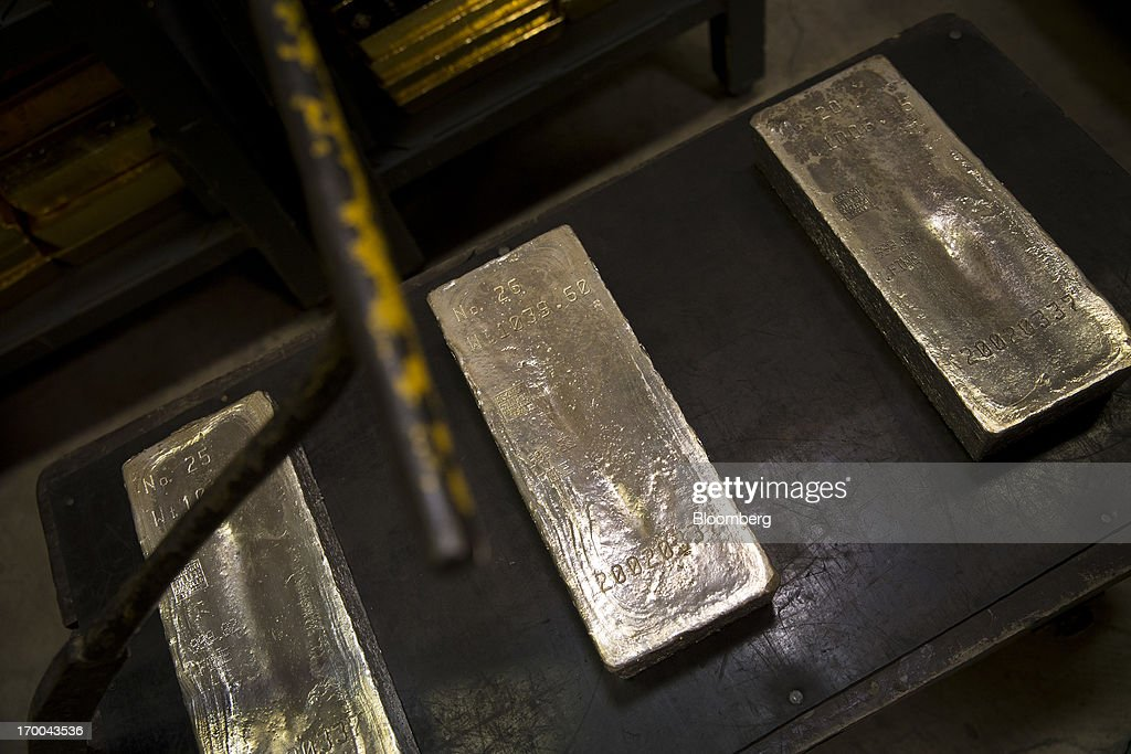 U.S. Mint Gold, Silver Coins Sales May Rise to Record This Year : Nachrichtenfoto