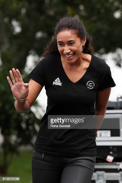 Silver Ferns Vice Captain Maria Folau waves to students at Auckland Normal Intermediate during the New Zealand Netball Commonwealth Games Team...