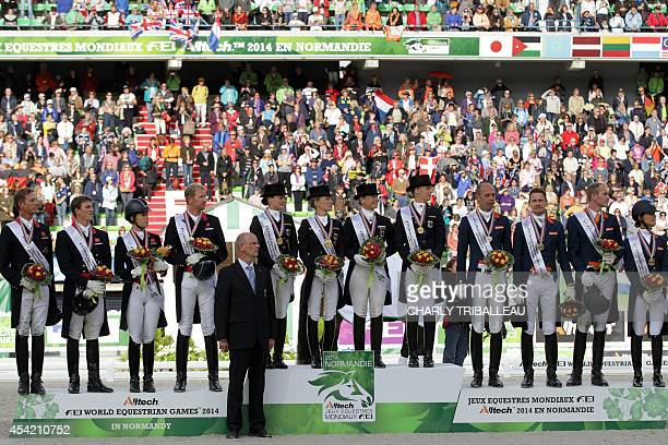 Michael eilberg foto e immagini stock getty images for Dujardin hugues