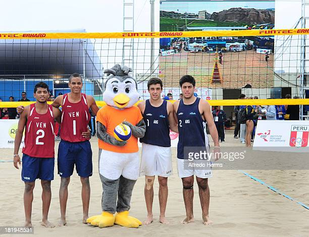 Silver medal Jose Gregorio Gomez and Rolando Hernandez of Venezuela Gold Medal Santiago Aulisi and Leandro Aveiro of Argentina pose for a photo after...