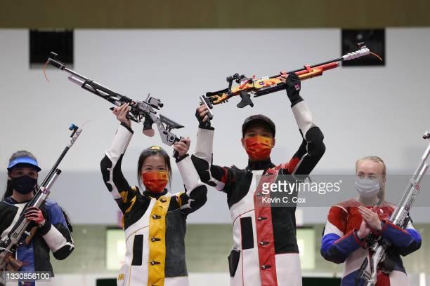 Silver Medalist Mary Carolynn Tucker of Team United States, Gold Medalists Qian Yang and Haoran Yang of Team China, and Bronze Medalist Yulia...