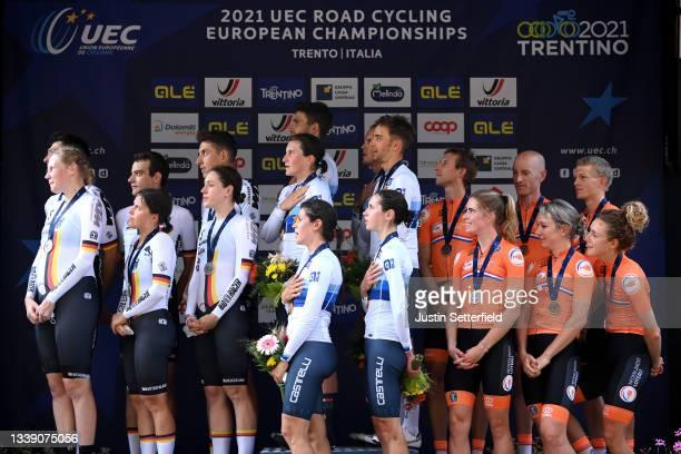 Silver medalist Miguel Heidemann, Justin Wolf, Maximilian Richard Walscheid, Corinna Lechner, Mieke Kröger, Tanja Erath and Team Germany, gold...