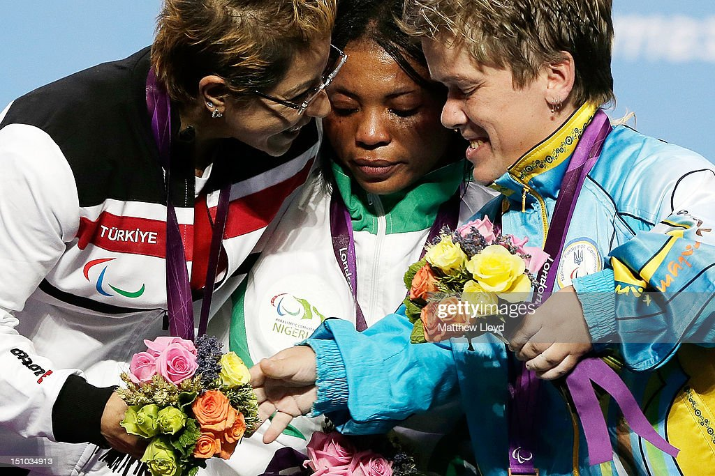 2012 London Paralympics - Day 2 - Powerlifting : News Photo
