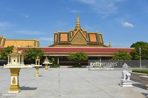 "silver pagoda compound at royal palace, phnom penh, cambodia - cambodia ""malcolm p chapman"" or ""malcolm chapman"" stock pictures, royalty-free photos & images"