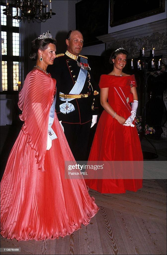Silver wedding ceremony of Margrethe and Henrik of Denmark in Denmark on June 10, 1992- : News Photo