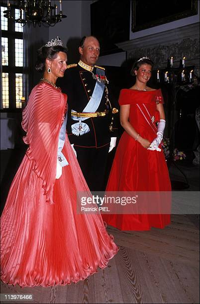 Silver wedding ceremony of Margrethe and Henrik of Denmark in Denmark on June 10 1992Harald and Sonja of Norway