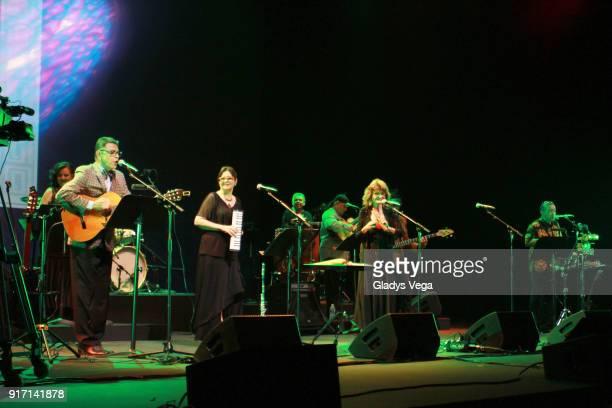Silverio Perez Nana Latorre Nena Rivera and Jorge Arce of Haciendo Punto En Otro Son perform as part of concert A 40 aos de La Muralla at Centro de...
