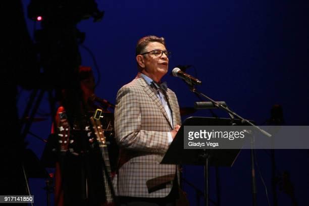 Silverio Perez of Haciendo Punto En Otro Son performs as part of concert A 40 aos de La Muralla at Centro de Bellas Artes on February 11 2018 in San...
