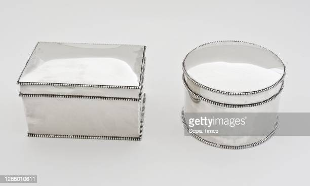 La Blanc, Rectangular and round silver cookie jar, cookie jar holder silver no.1, Two smooth drums with pearl edges and slightly rounded lid: one...