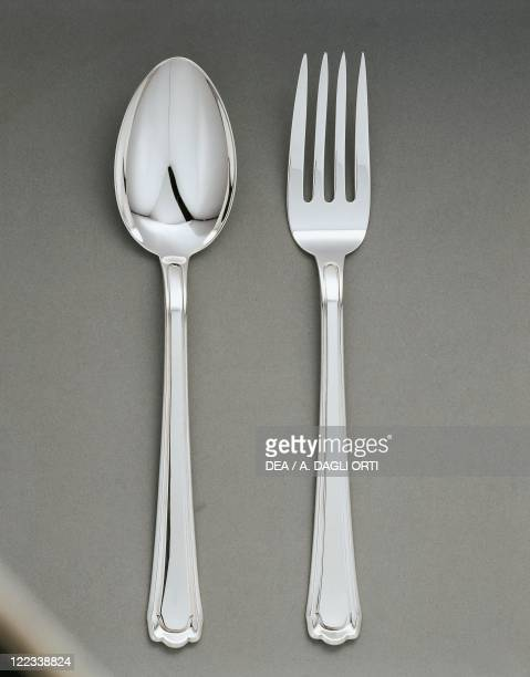 Silversmith's Art 20th century Model of silver MC 67 cutlery made by Michelangelo Clementi for Calderoni and rewarded with a gold medal at the 5th...