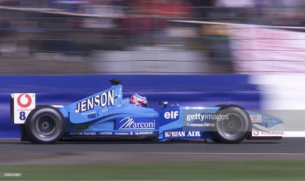 MOTORSPORT/FORMEL 1: GP VON ENGLAND 2001 : News Photo