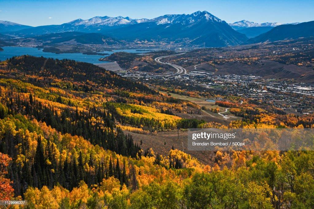 Silverthorne & Dillon Reservoir, Fall Colors : Stock Photo