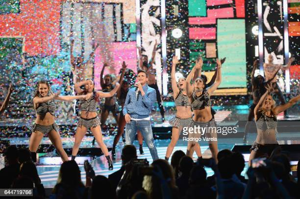 Silvestre Dangond performs onstage during Univision's 29th Edition of Premio Lo Nuestro A La Musica Latina at the American Airlines Arena on February...