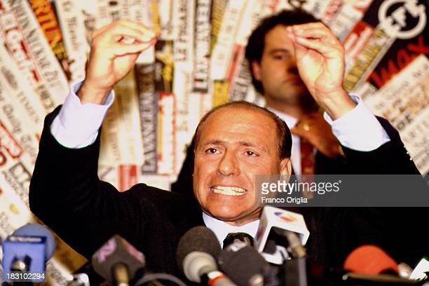 Silvio Berlusconi holds a press conference announcing his debut in politics at the foreign press conference room on November 26 1993 in Rome Italy
