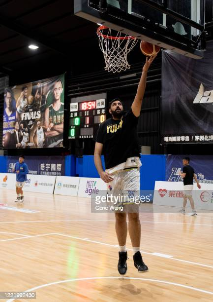 Sim Bhullar of Yulon Luxgen Dinos practice prior to the SBL Finals Game Six between Taiwan Beer and Yulon Luxgen Dinos at Hao Yu Trainning Center on...