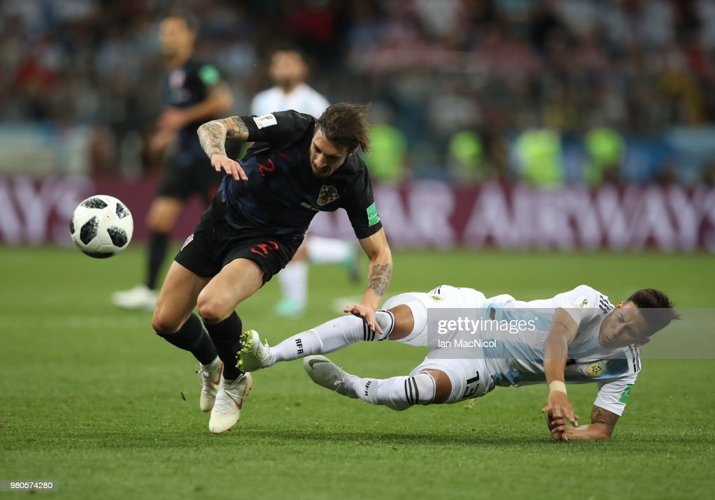 Sime Vrsaljko of Croatia vies with Maximiliano Meza of Argentina during the 2018 FIFA World Cup Russia group D match between Argentina and Croatia at Nizhniy Novgorod Stadium on June 21, 2018 in Nizhniy Novgorod, Russia.