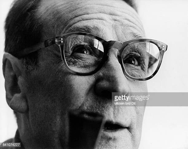 Simenon, Georges *13.02..1989+Schriftsteller, Belgien- um 1966