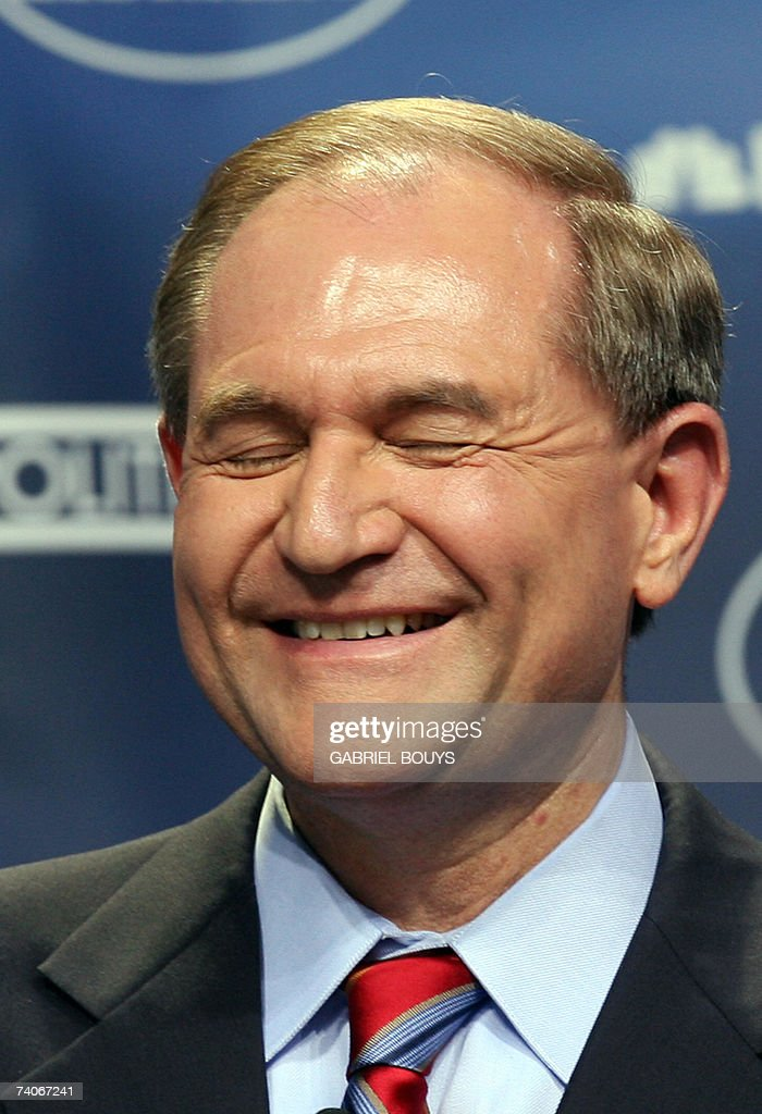 Former Virginia governor Jim Gilmore participates at the first Republican Candidates' debate of the 2008 Presidential Race, at the Reagan Presidential Library in Simi Valley, California, 03 May 2007. The debate, featuring ten Republican Party presidential candidates, comes more than 200 days before the first ballot will be cast in the Iowa caucus next January.