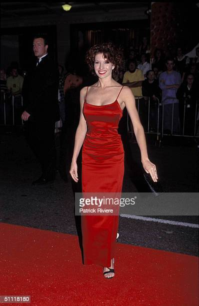 Simmone Jade MackInnon at the People's Choice Awards 1998 at the State Theatre in Sydney