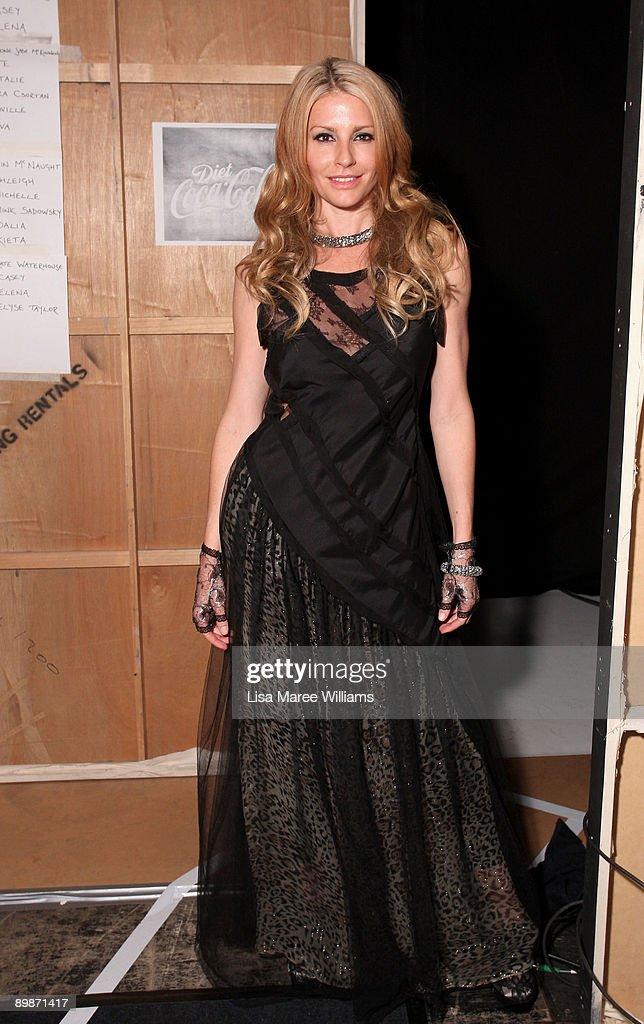 RSFF 2009 - Diet Coca-Cola Little Black Dress Backstage : News Photo