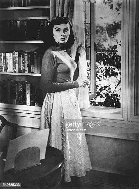 Simmons, Jean - Actress, United Kingdom / USA - *-+ Scene from the movie 'Angel Face'' Directed by: Otto Preminger USA 1952 Produced by: RKO Pictures...