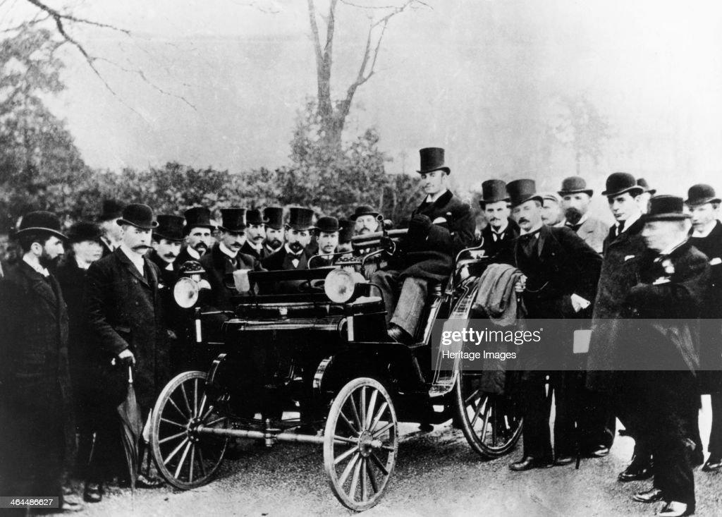 FR Simms at the wheel of a 4hp Cannstatt-Daimler, Crystal Palace, London, (c1895?). : News Photo