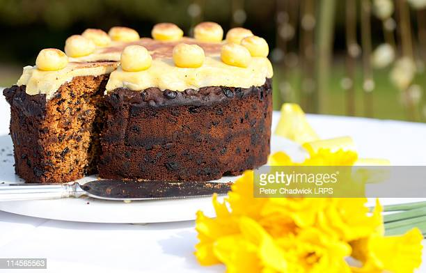 simnel_cake_4 - marzipan stock pictures, royalty-free photos & images