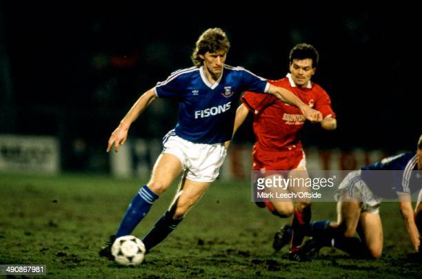 Simod Cup, Ipswich Town v Nottingham Forest, Sergei Baltacha of Ipswich in action.