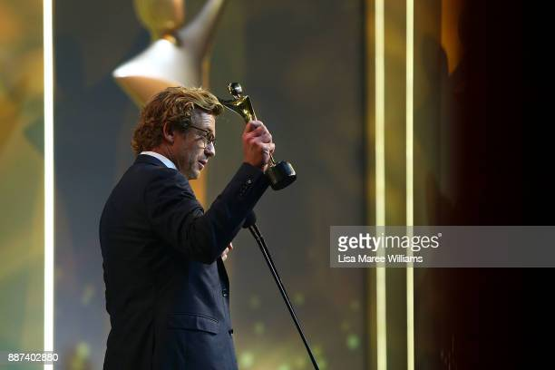 Simon Baker is presented with the Trailblazer Award during the 7th AACTA Awards Presented by Foxtel at The Star on December 6 2017 in Sydney Australia