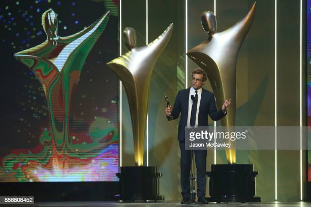 Simon Baker wins the Trailblazer Award during the 7th AACTA Awards Presented by Foxtel | Ceremony at The Star on December 6 2017 in Sydney Australia