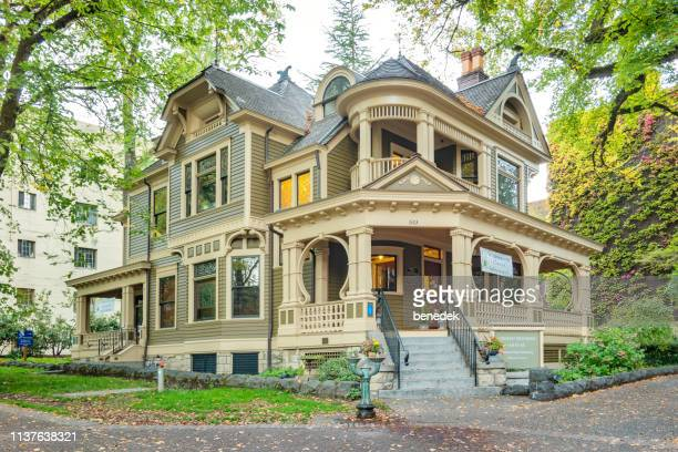 simon benson house on portland state university campus oregon usa - victorian style stock pictures, royalty-free photos & images