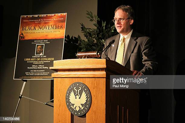 Simon Billenness CoChair and Lead on Extractive Industries of the Business and Economics Relations Group of Amnesty International USA makes a few...