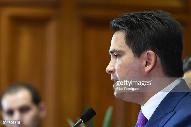 Simon Bridges the new leader of the National Party addresses the media at Parliament on February 27 2018 in Wellington New Zealand Former Prime...