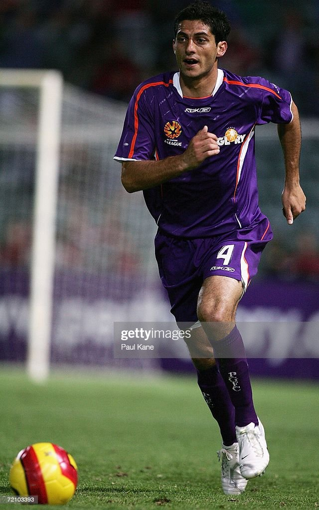 Simon Colosimo of the Glory in action during the round seven Hyundai A-League match between Perth Glory and the New Zealand Knights at Members Equity Stadium October 6, 2006 in Perth, Australia.