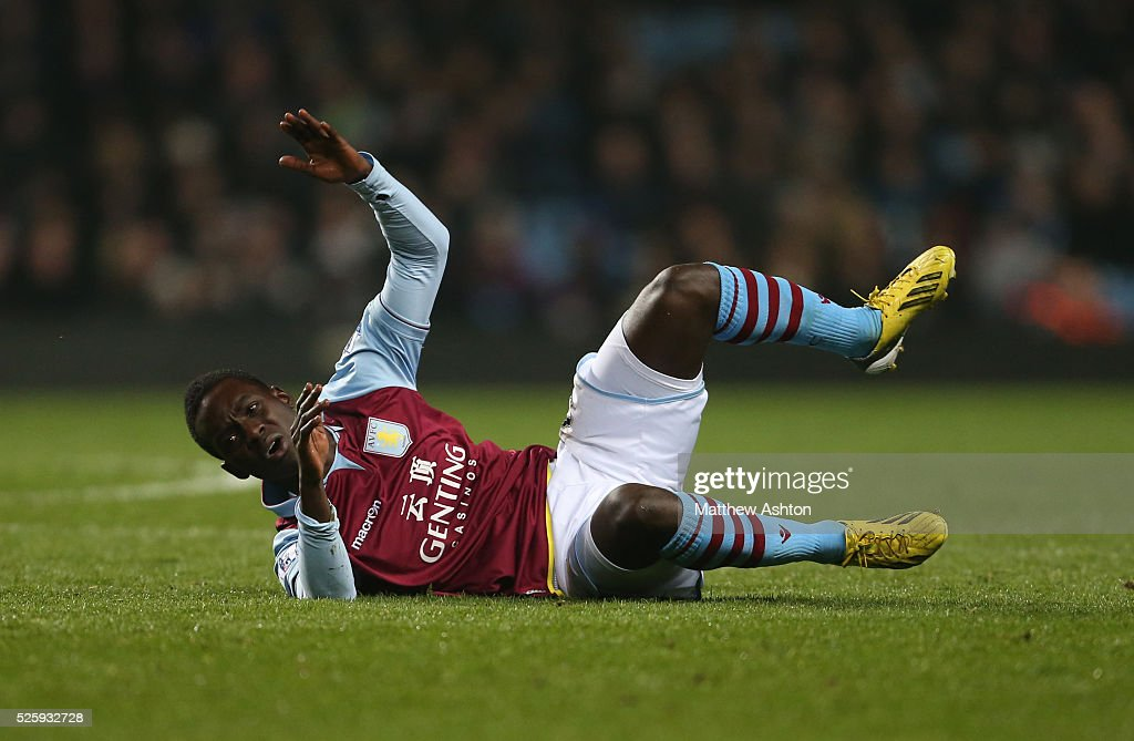 Soccer - Barclays Premier League - Aston Villa v Manchester City : News Photo
