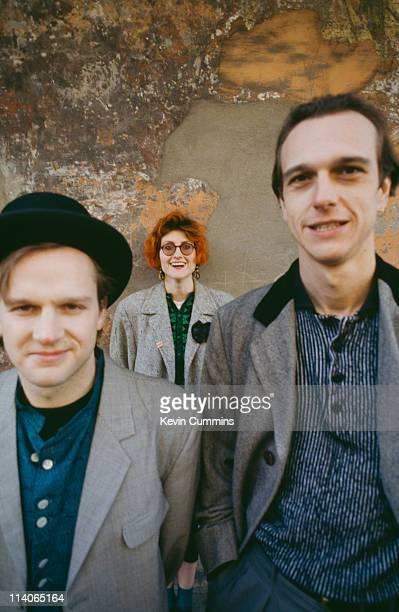 Simon Edwards Eddi Reader and Simon Nevin of British pop band Fairground Attraction circa 1987