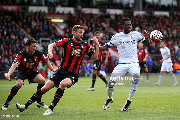 Simon Francis of Bournemouth and Baba Rahman of Chelsea in action during the Barclays Premier League match between AFC Bournemouth and Chelsea at the...