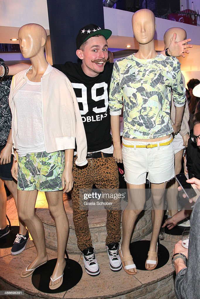 Simon Gerber (dertypmitdemBart) attends the GAP Pop-Up Shop Opening on May 7, 2014 in Munich, Germany.