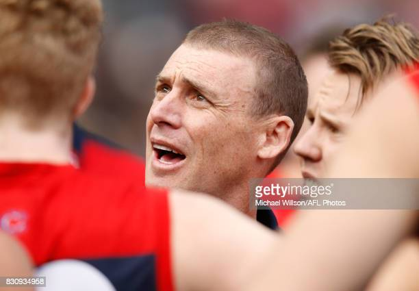 Simon Goodwin Senior Coach of the Demons addresses his players during the 2017 AFL round 21 match between the Melbourne Demons and the St Kilda...