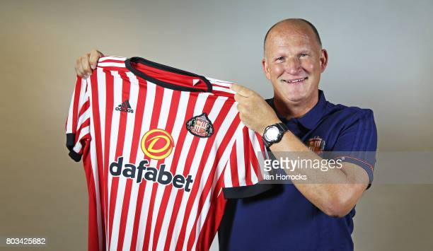 Simon Grayson poses for the first time as the new Sunderland manager at the Academy of Light on June 29 2017 in Sunderland England