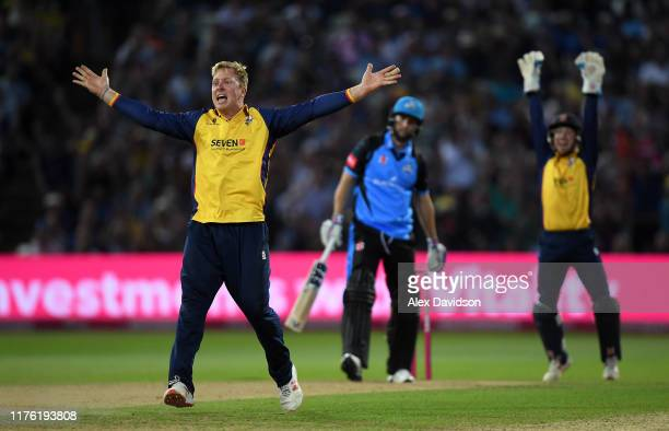 Simon Harmer of Essex appeals unsuccessfully for the wicket of Wayne Parnell of Worcestershire on his hat-trick ball during the Vitality T20 Blast...