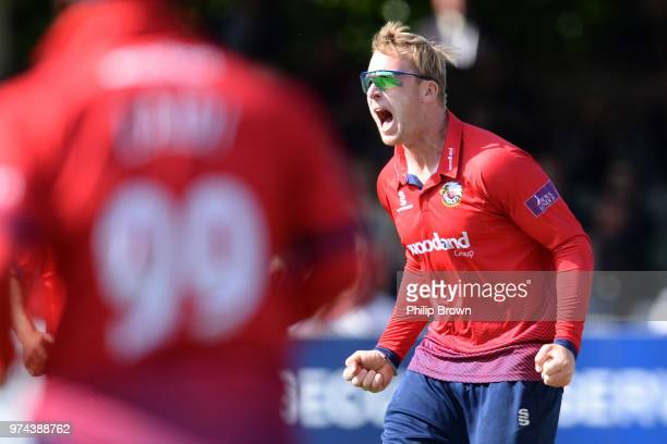 Simon Harmer of Essex Eagles celebrates after dismissing Jack Leaning of Yorkshire Vikings during the Royal London OneDay Cup match between Essex...