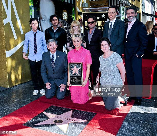 Simon Helberg Kunal Nayyar Melissa Rauch Johnny Galecki Jim Parsons Chuck Lorre Leron Gubler Kaley Cuoco and Maureen Schultz at The Hollywood Walk Of...