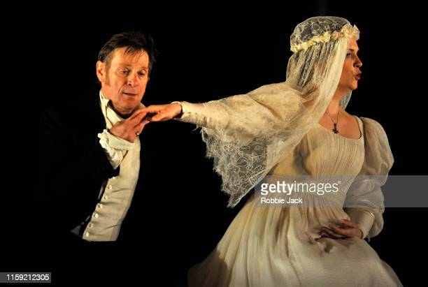 Simon Keenlyside as Count Almaviva, and ulia Kleiter as Countess Almaviva in The Royal Opera's production of Wolfgang Amadeus Mozart's The Marriage...