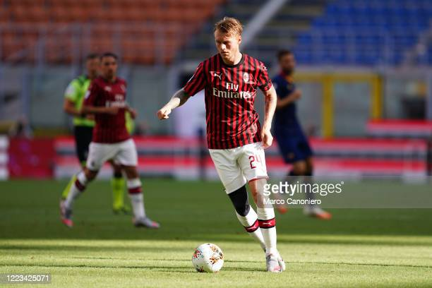Simon Kjaer of Ac Milan in action during the Serie A match between Ac Milan and As Roma. Ac Milan wins 2-0 over As Roma.