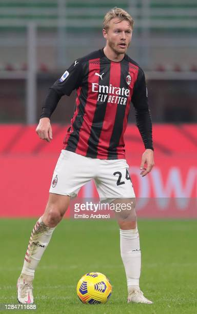 Simon Kjaer of AC Milan in action during the Serie A match between AC Milan and Hellas Verona FC at Stadio Giuseppe Meazza on November 8, 2020 in...