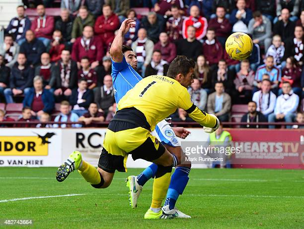 Simon Lappin of St Johnstone scores a goal after a goalkeeping mistake by Neil Alexander of Hearts during the Ladbrokes Scottish Premiership match...