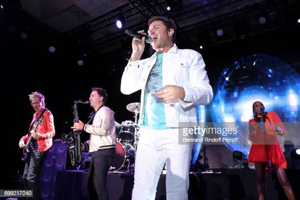 Simon Le Bon performs in a Concert of Duran Duran during the Liaisons au Louvre IV Evening of patronage for the benefit of the Louvre Museum at Musee...