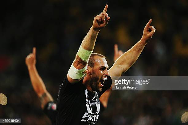 Simon Mannering of New Zealand celebrates winning the Four Nations Final between the New Zealand Kiwis and the Australian Kangaroos at Westpac...