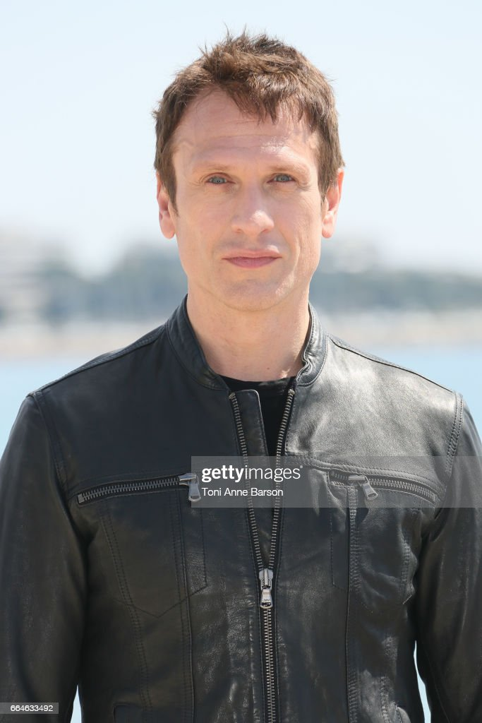 'Knightfall' : Photocall At La Rotonde -  MIP TV 2017 In Cannes